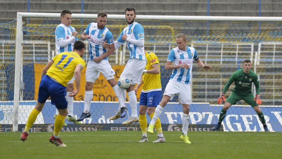 Lok Leipzig schlägt den Chemnitzer FC mit 4:2.