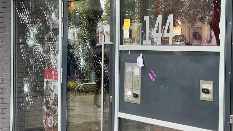 beschädigtes Studentenwohnheim in Leipzig
