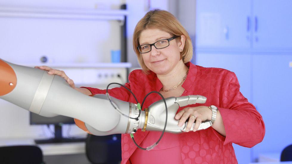 Ulrike Thomas koordiniert die Bewerbung des Forschungsverbunds. Sie ist Professor für Robotik und Mensch-Technik-Interaktion an der TU Chemnitz.