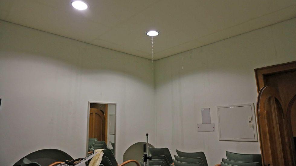 Im Schumannhaus lief das Wasser aus den Lampen.