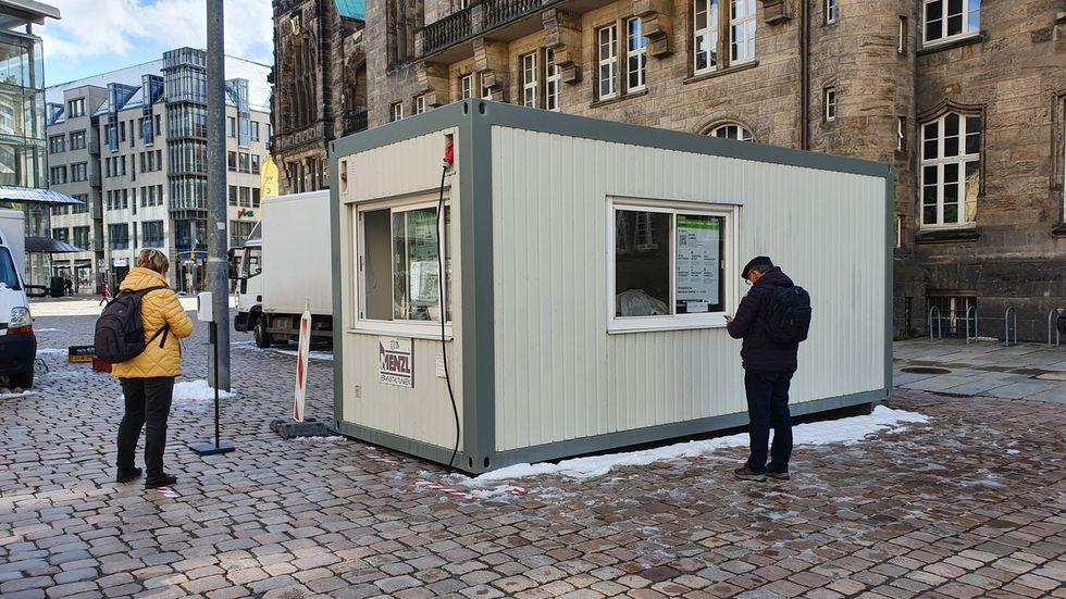 Auch auf dem Neumarkt und auf dem Rosenhof sind seit Dienstag Testcontainer in Betrieb.